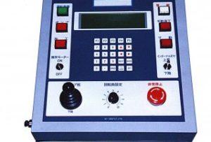 超精密平面研磨装置「ラップ盤」コントローラー開発