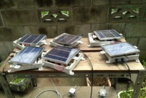 LED照明 研究 開発  ソーラーパネルとバッテリーとLED